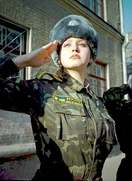 25+ best ideas about Army girls on Pinterest | Female soldier ...